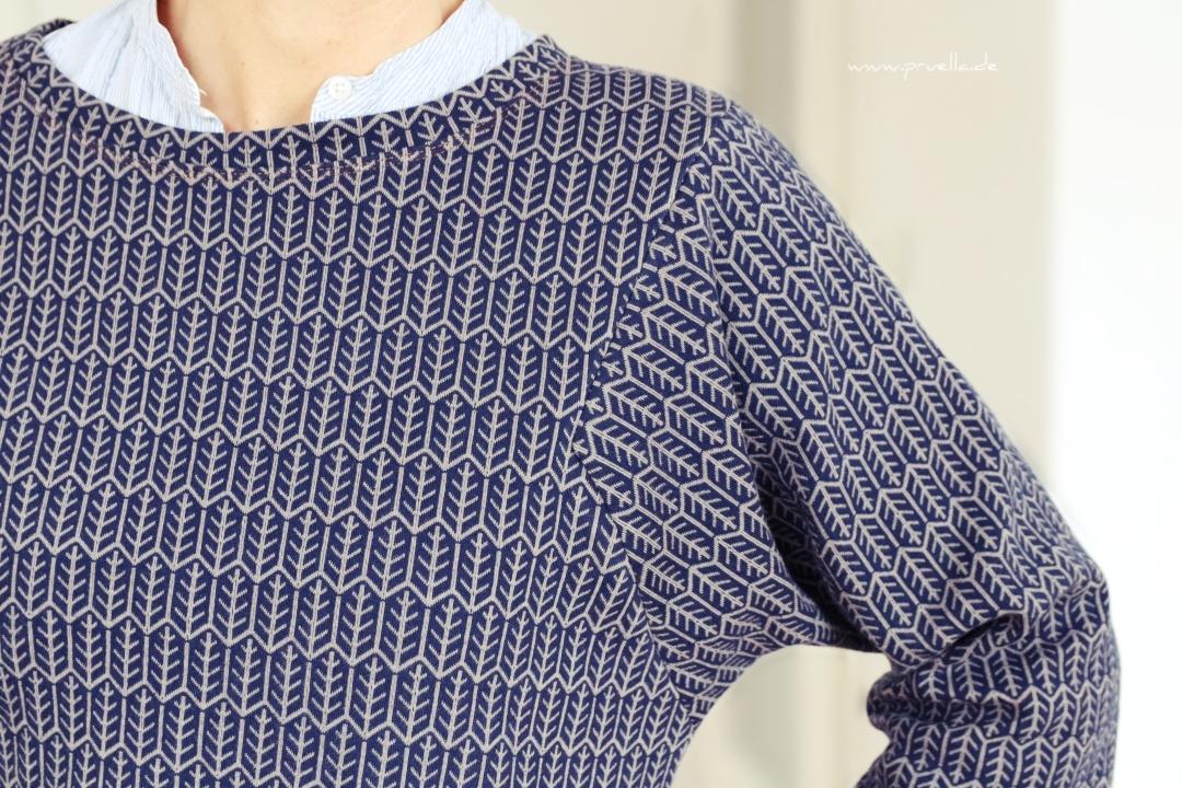 prülla-julika-federkleid-stoffbüro-hose-sweater